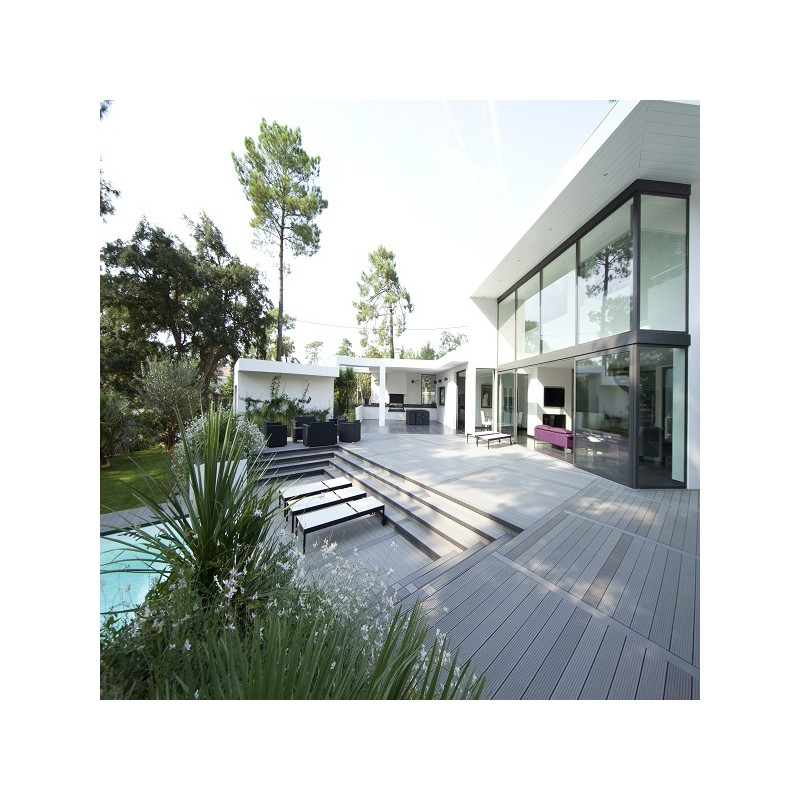 Lame terrasse bois composite alvéolaire Dual  McCover
