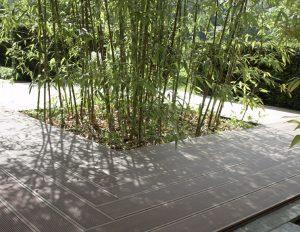 terrasse de jardin en lame composite coloris chocolat