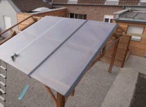 montage d'un carport en polycarbonate